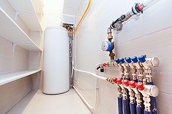 Система водоснабжения с распределительным узлом-коллектором